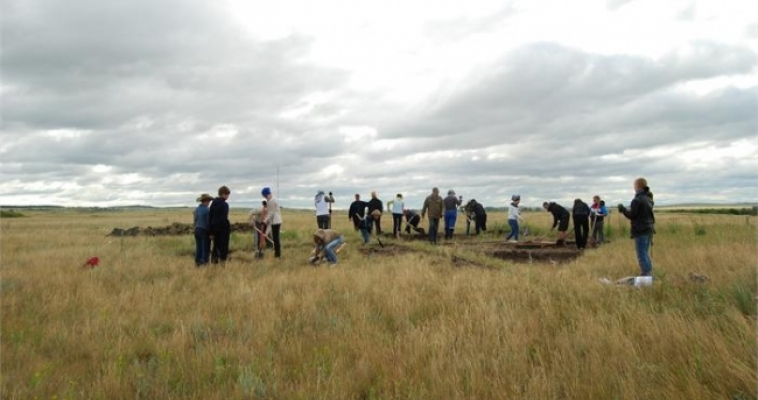 Обнаружены уникальные находки в могильнике Степное заповедника Аркаим