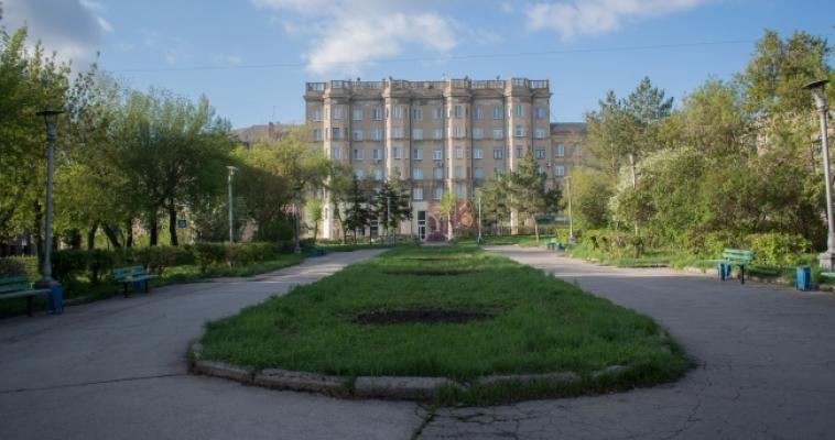 Виталий Бахметьев раздает парки и скверы бизнесу для благоустройства