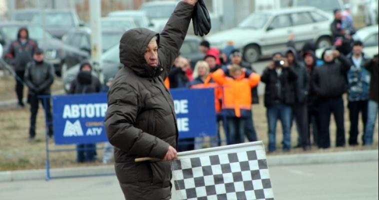 Сразились на поворотах и приняли поздравления. Сегодня в городе прошли соревнования для водителей «Мастер руля»
