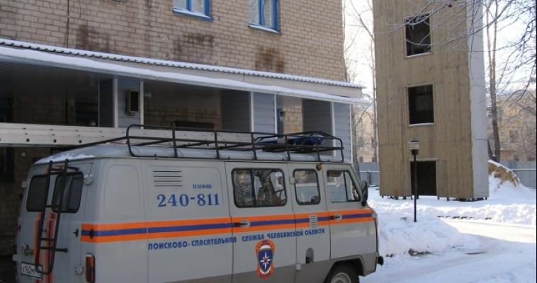 Квартира-ловушка. Мужчине дважды понадобилась помощь спасателей