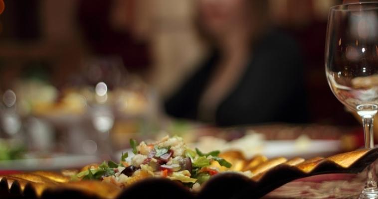 Южноуральцы экономят на барах и ресторанах
