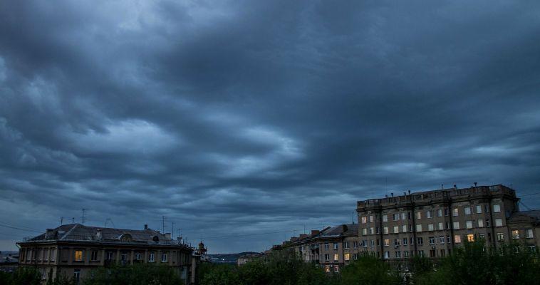 Непогода не отступает. МЧС вновь предупреждает об опасности