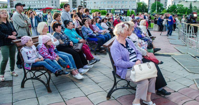 На площади Народных гуляний прошел концерт классической музыки под открытым небом