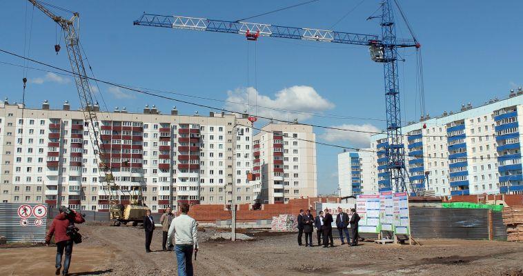На стройках Челябинской области не хватает инженеров и рабочих