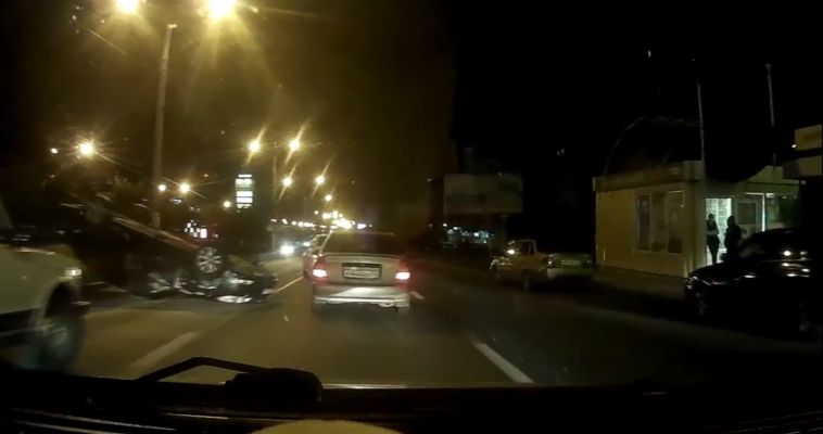 ВИДЕО. «Перевёртыш» на проспекте Ленина