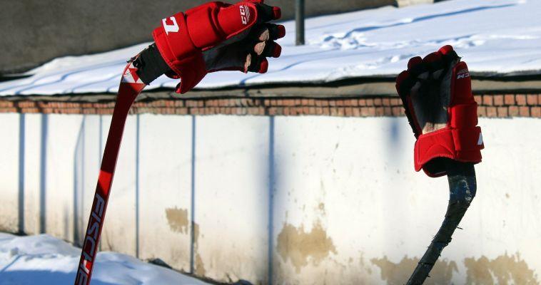 Для хоккея коньки не нужны