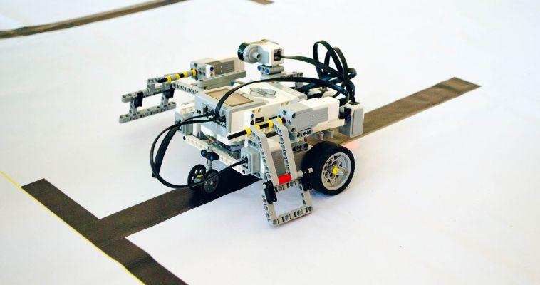 Магнитогорские школьники создали умные машины