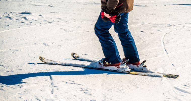 Прокатился на горных лыжах и сломал ногу