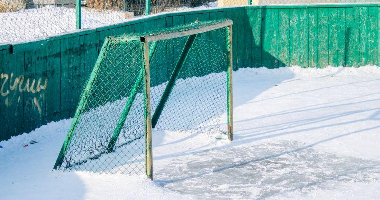 Коробки со снегом: жители не знают, где кататься их детям