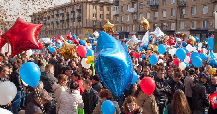 В День весны и труда дорогу отдадут первомайскому параду