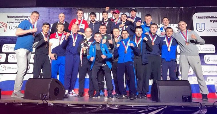 Магнитогорский боксёр принёс медаль уральской команде