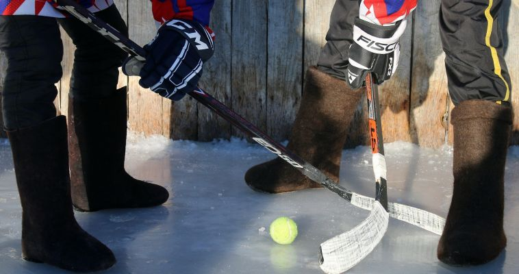 Магнитогорцы выйдут на лед в валенках
