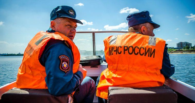Сотрудники МЧС вышли в рейд по городским пляжам