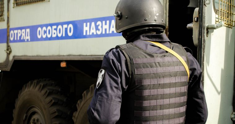 Полицейские нагрянули с проверкой на рынок