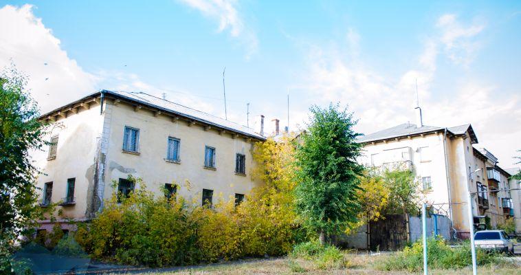 Магнитогорцы жалуются на заброшенное здание