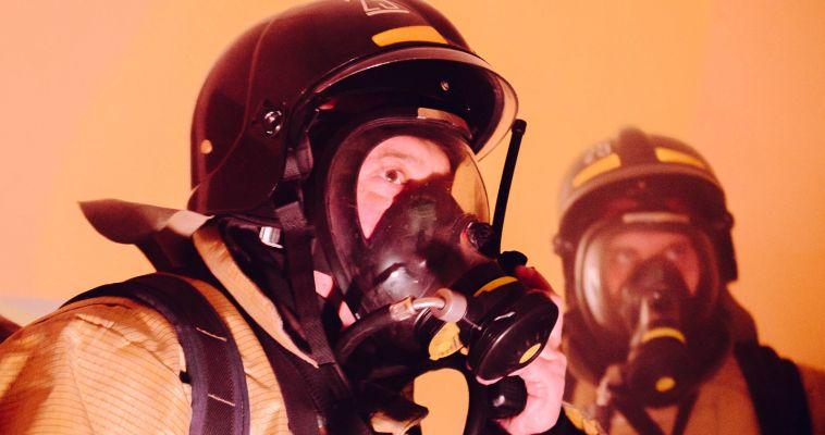 На Лесопарковой произошел пожар в недостроенном доме