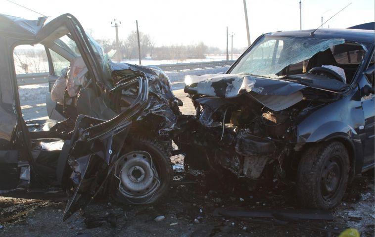 В Агаповском районе в лобовом столкновении погиб мужчина