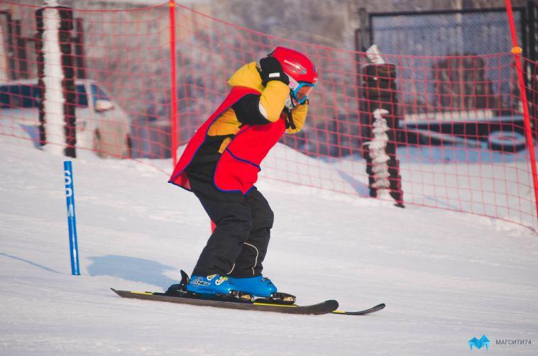 Семилетний мальчик сошел с горнолыжной трассы на Банном
