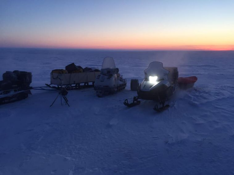 Магнитогорцы на снегоходах добрались до полярной станции