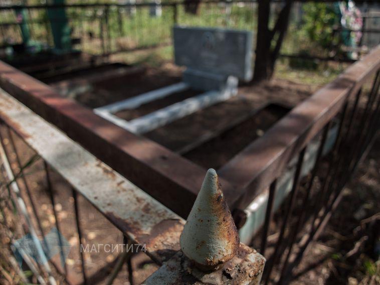 Прокуратура нашла на кладбище нарушения