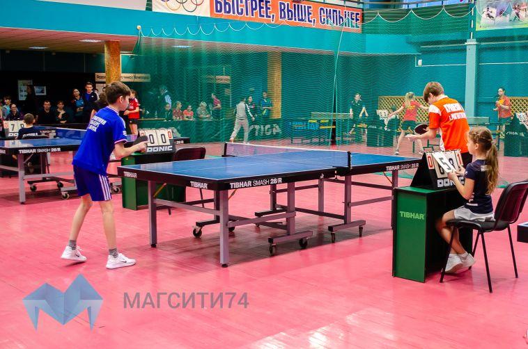 В Магнитогорске стартовал турнир по настольному теннису памяти Алексея Булахова