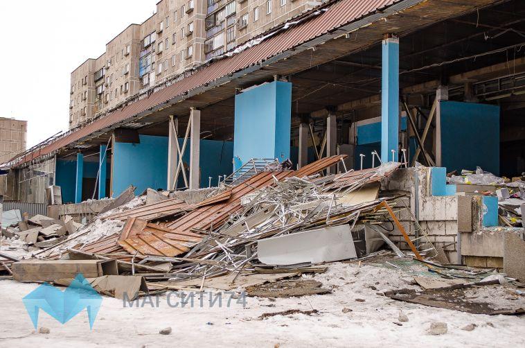 «В магазине стало опасно»: мы узнали, почему сносят «Зори Урала»