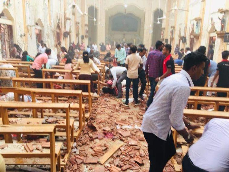 Восемь взрывов прогремели на Шри-Ланке в католическую Пасху