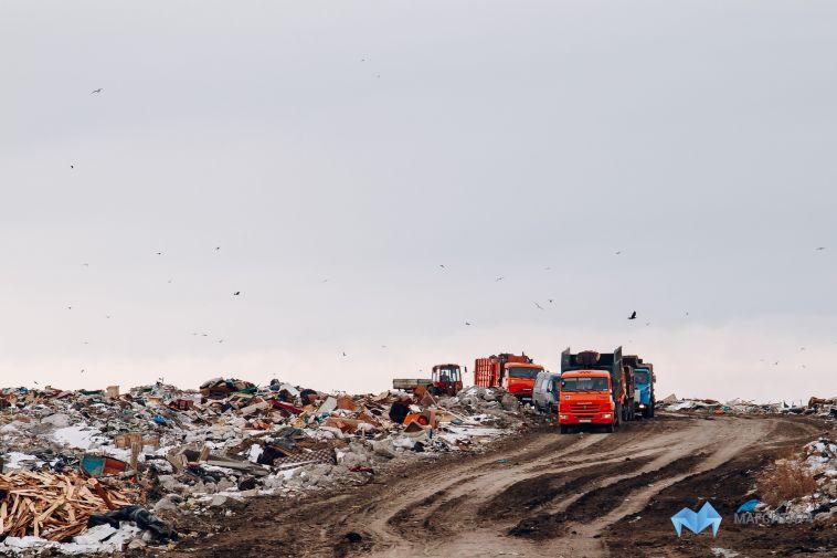 В Магнитогорске вновь тлеет городская свалка