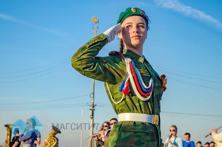 В городе прошла репетиция пешей части парада Победы