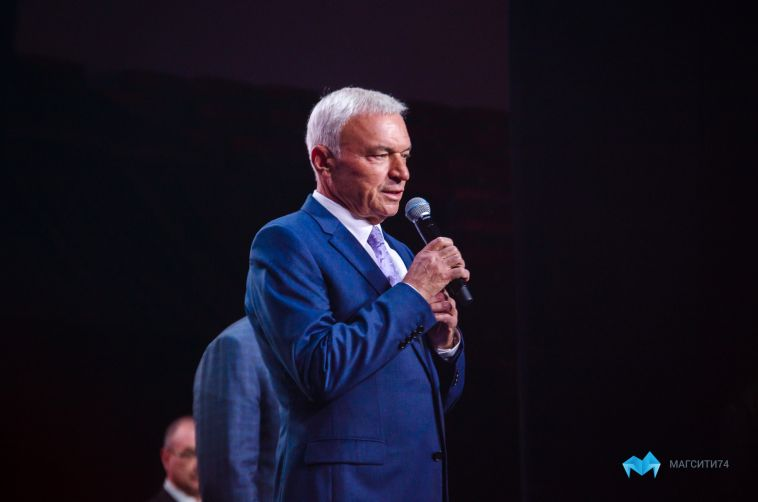 Виктор Рашников получил награду от главы государства