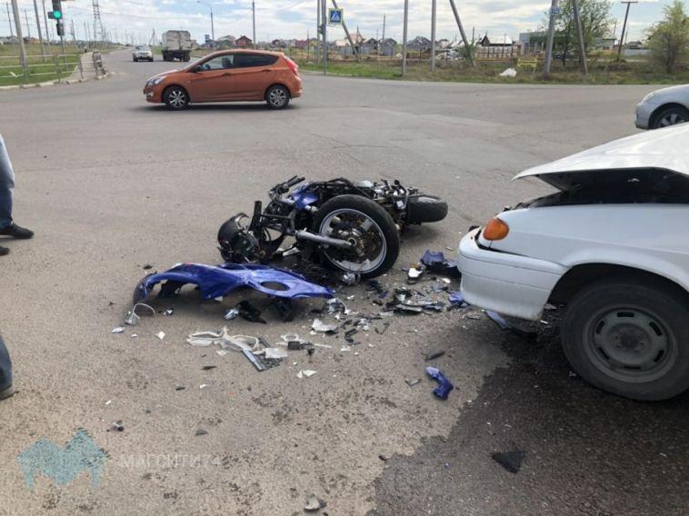 В ДТП с мотоциклистом водитель легковушки не уступил дорогу