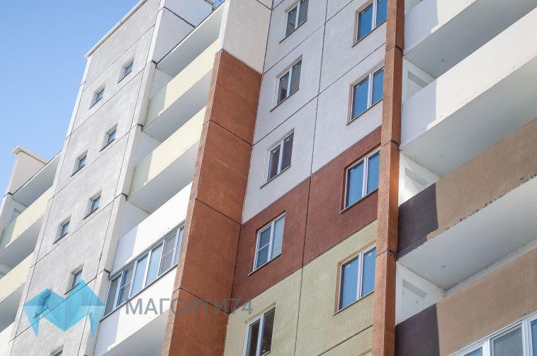 В Челябинске семилетний мальчик выпал из окна девятиэтажки