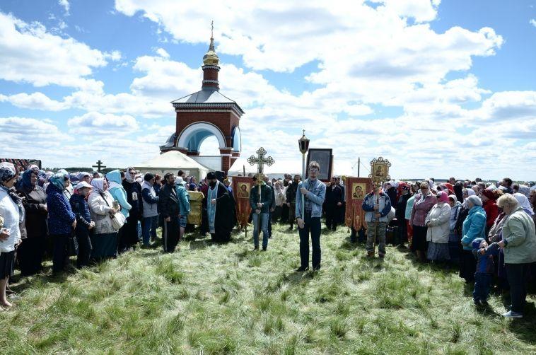 Магнитогорские верующие совершат крестный ход на озере Пустое