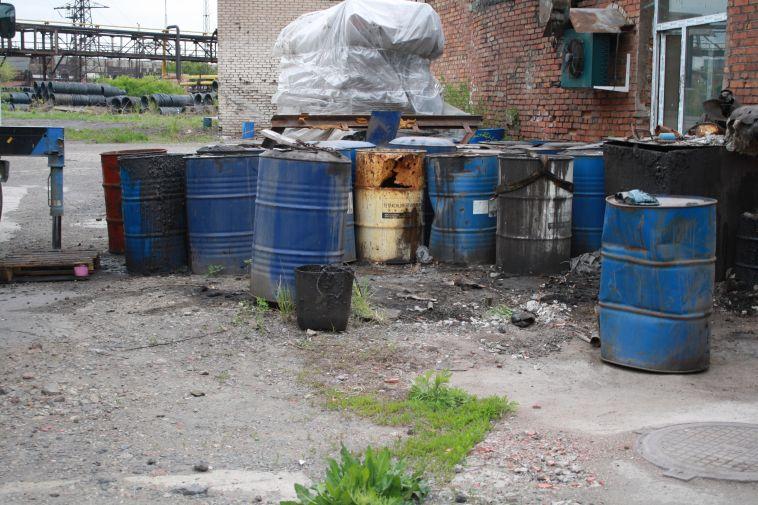 В Магнитогорске химчистку наказали за складирование опасных отходов