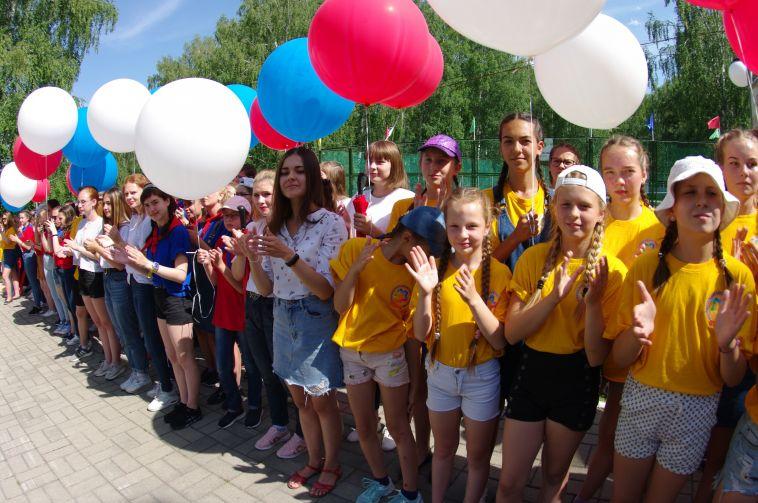 Талантливая молодежь показала чиновникам остановку будущего