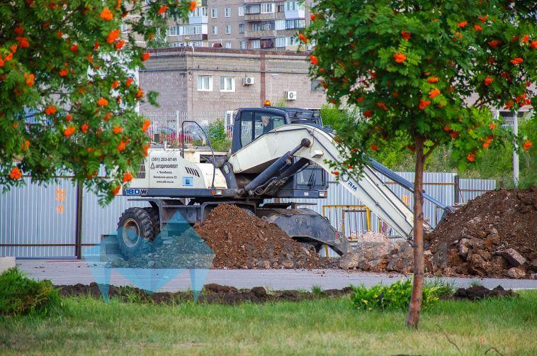 Началось строительство тренировочного катка заареной «Металлург»
