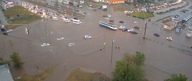 Магнитогорск захватила водная стихия