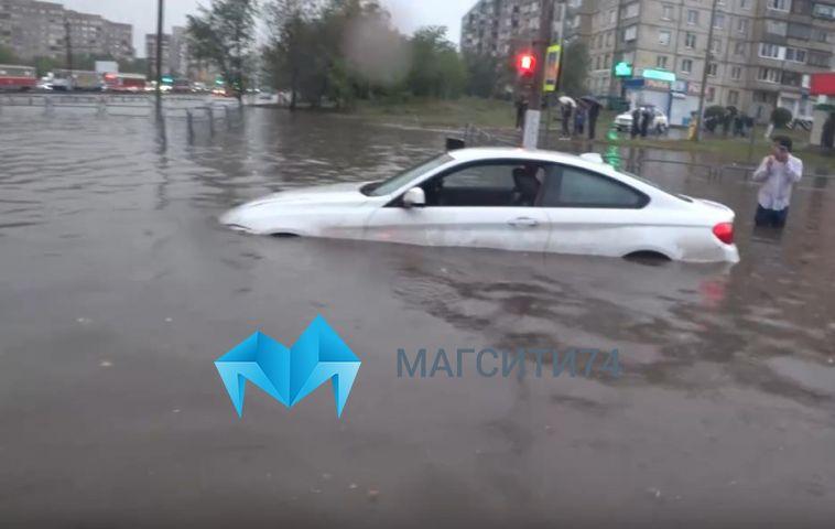 «Менять ливнёвки не планируем»: в ДСУ прокомментировали вчерашний потоп