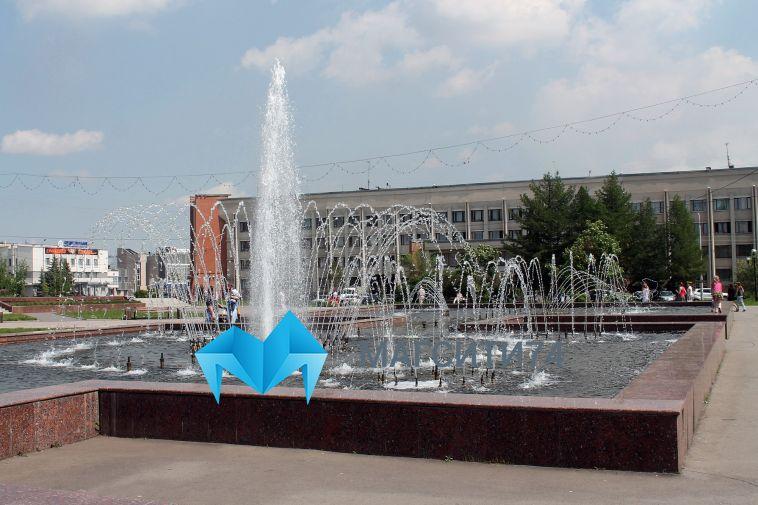 «Многие расстроились и разошлись»: в минувшее воскресенье не работал фонтан на курантах