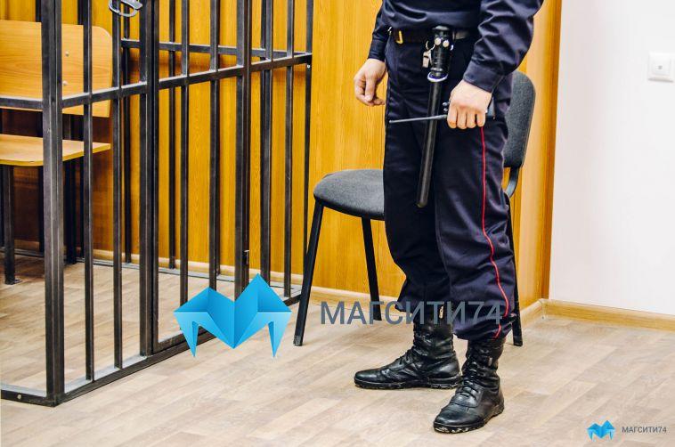 Подозреваемым в убийстве предпринимателя продлили срок заключения под стражей