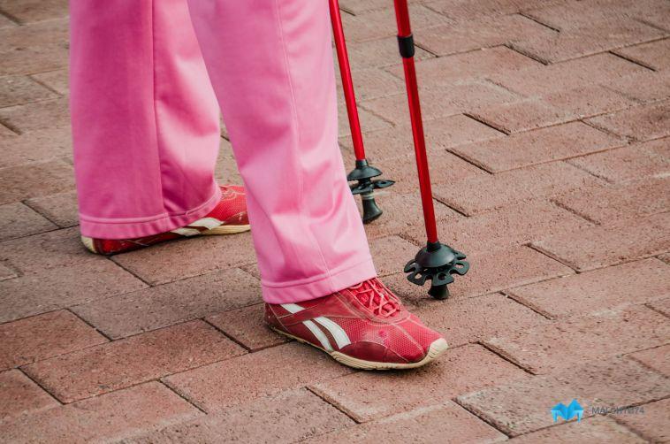 В Магнитогорске клуб скандинавской ходьбы открыл новый спортивный сезон