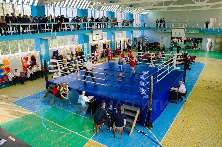 В Магнитогорск съехались около сотни боксеров на традиционный турнир