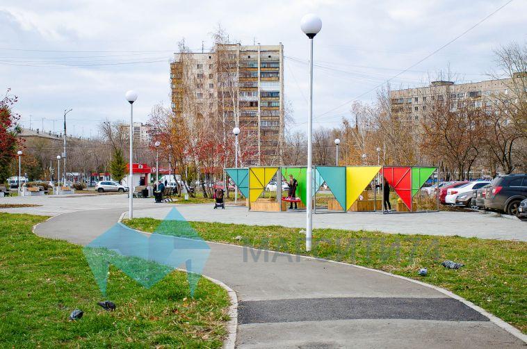 Всквере Ручьева появились новые арт-объекты