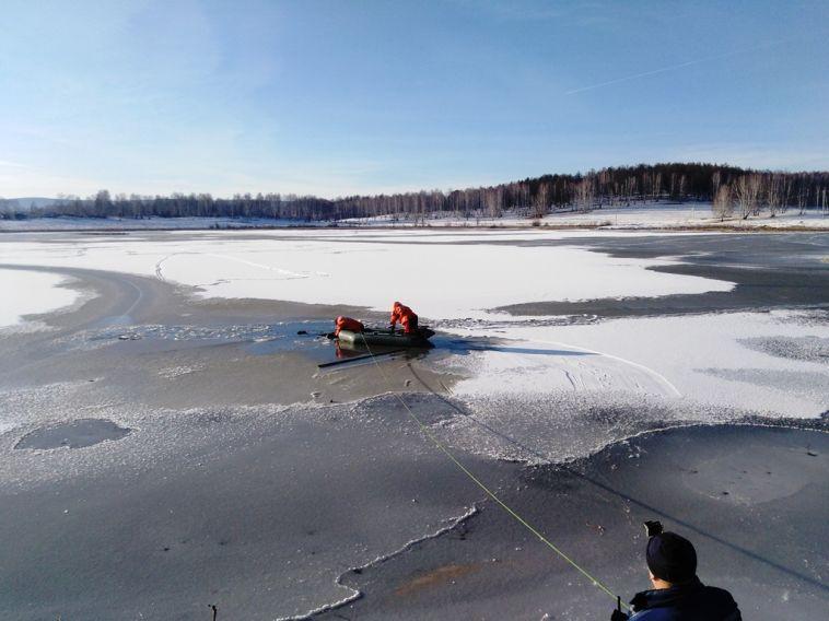 Рыбак стал первой жертвой тонкого льда