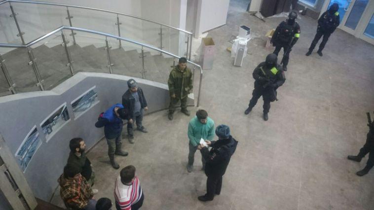 В Магнитогорске бизнесмен заплатит крупный штраф за мигрантов на стройке