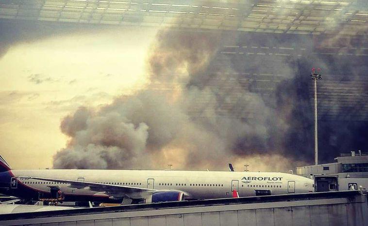 СК назвал виновного в крушении самолета в Шереметьево