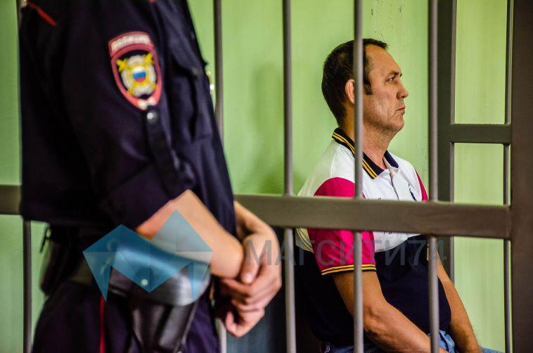 Мужчину, устроившего резню в доме на Завенягина, оставили под стражей