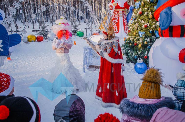 Магнитогорские школьники побывали в гостях у Деда Мороза