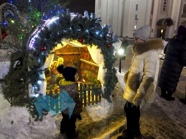 Верующие Магнитогорска встретили Рождество