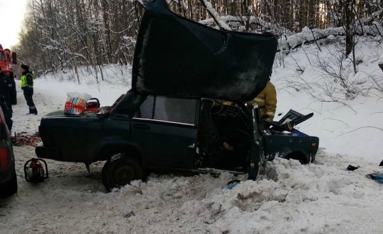 На трассе в Челябинской области погибли двое
